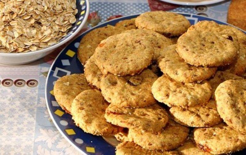 Aprenda a receita de cookie de banana com apenas dois ingredientes