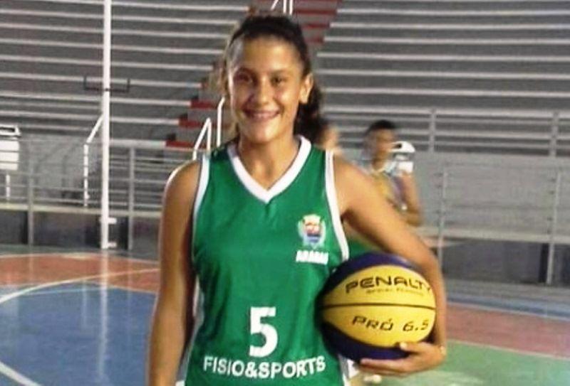 Jogadora de basquete da equipe municipal é selecionada para disputar os campeonatos Brasileiro e Paulista sub-20
