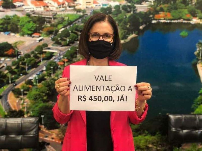 Vereadora Regina Corrochel luta para aumentar o vale alimentação dos Servidores Municipais