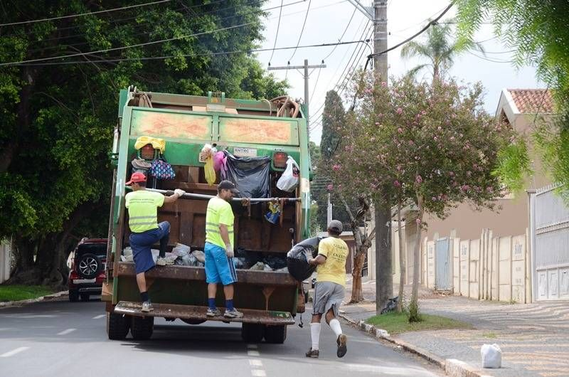 Feriado dia das crianças: Coleta de lixo domiciliar funciona normalmente e repartições públicas é ponto facultativo