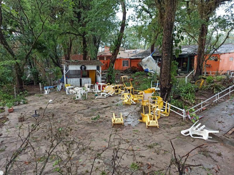 Vendaval causa estragos na região rural neste fim de semana